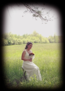 Bride_in_Field